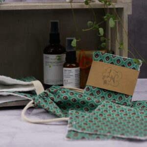 Reusable Face Cloths and Make-up Wipes